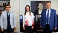 MİLLİ ATLET ELİF DAĞDELEN'DEN BAŞKAN ÇIRALI'YA ZİYARET